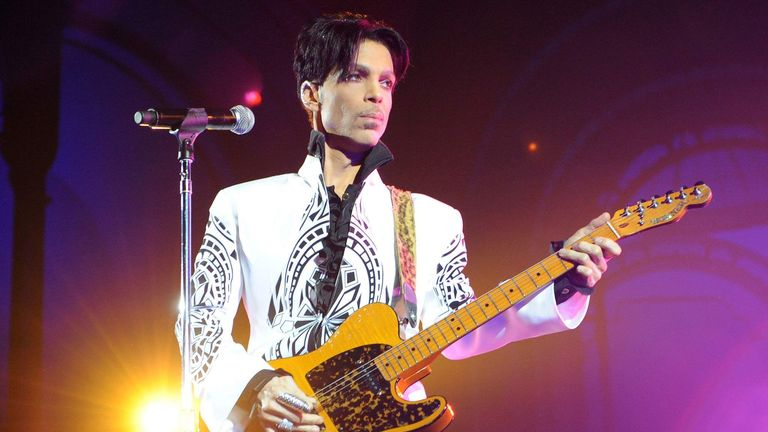 Prince performs on October 11, 2009