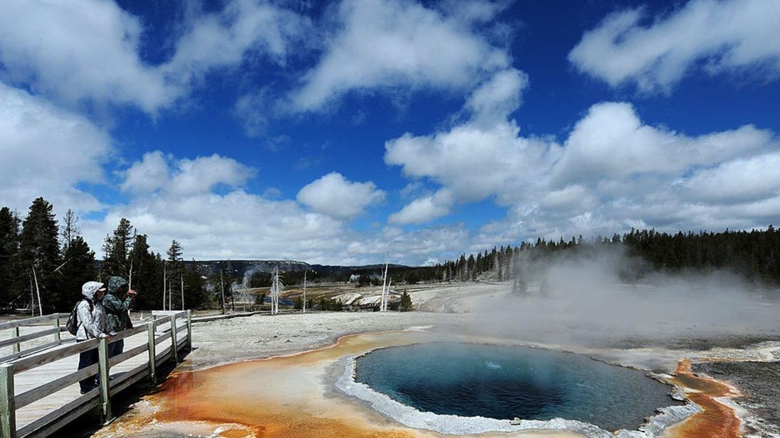 Man Dies After Falling Into Yellowstone Hot Spring