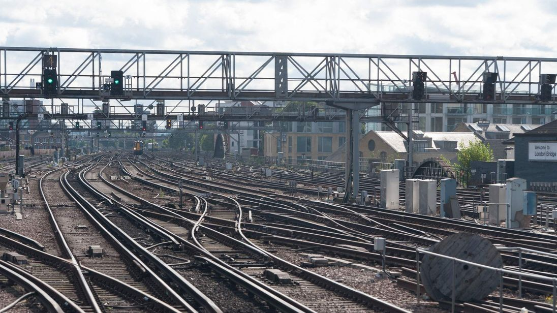 Train tracks, London Bridge