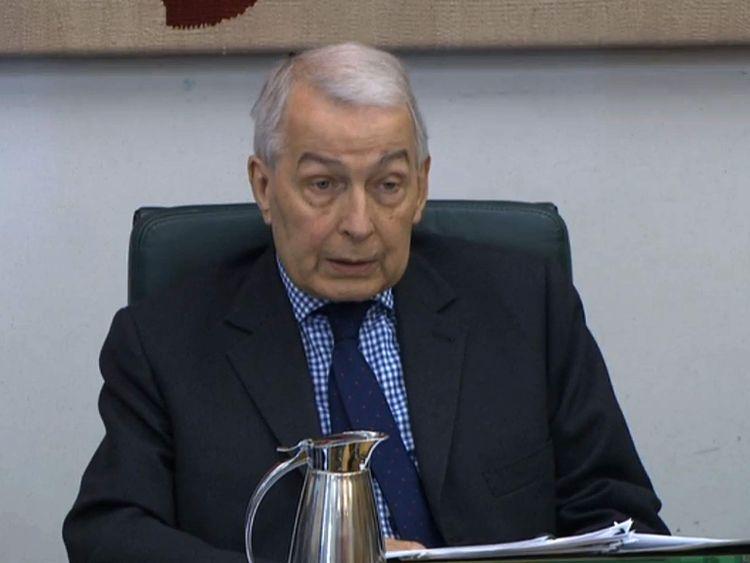 Tycoon Green U0026 39 S Lawyers Warn Field Over Bhs Pension Disclosure