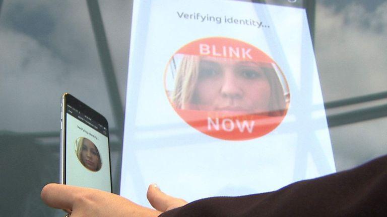 MasterCard's 'Selfie Pay' app