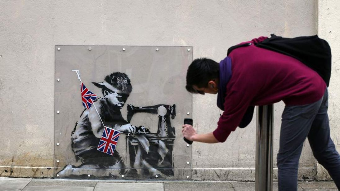 Banksy 39 s missing slave labour mural set for sale for Banksy mural sold