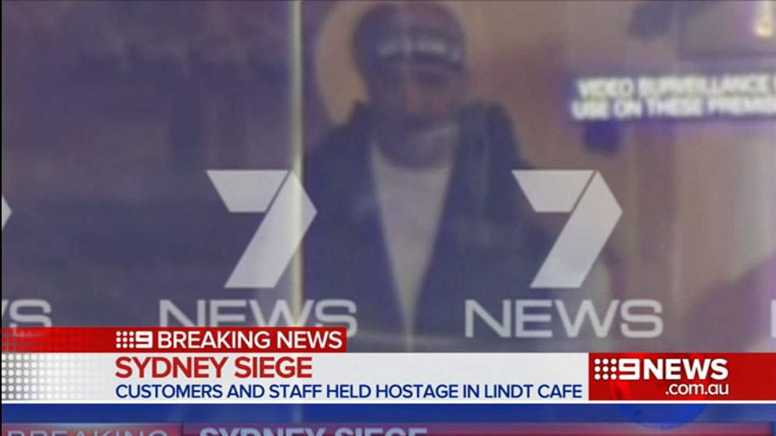 SYDNEY HOSTAGE Man of Interest With Bandana