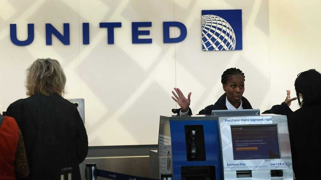 United counter Chicago, O'Hare