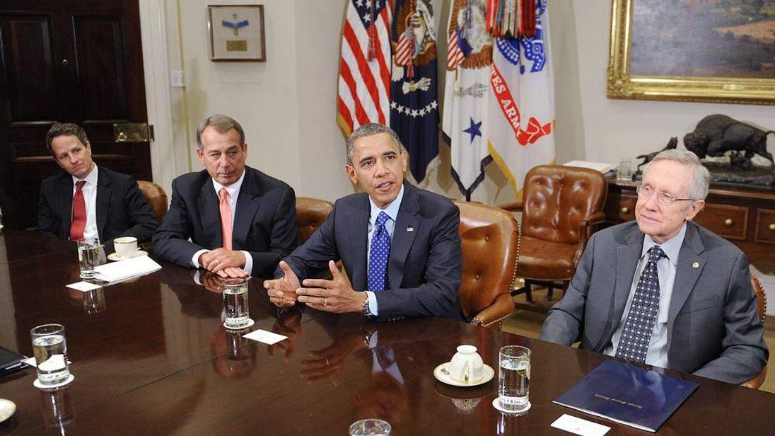 President Obama hosts deficit talks at White House