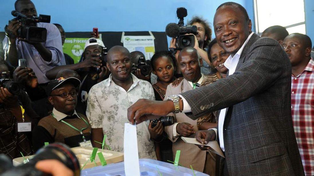 Kenya's Deputy Prime Minister and presidential candidate Uhuru Kenyatta
