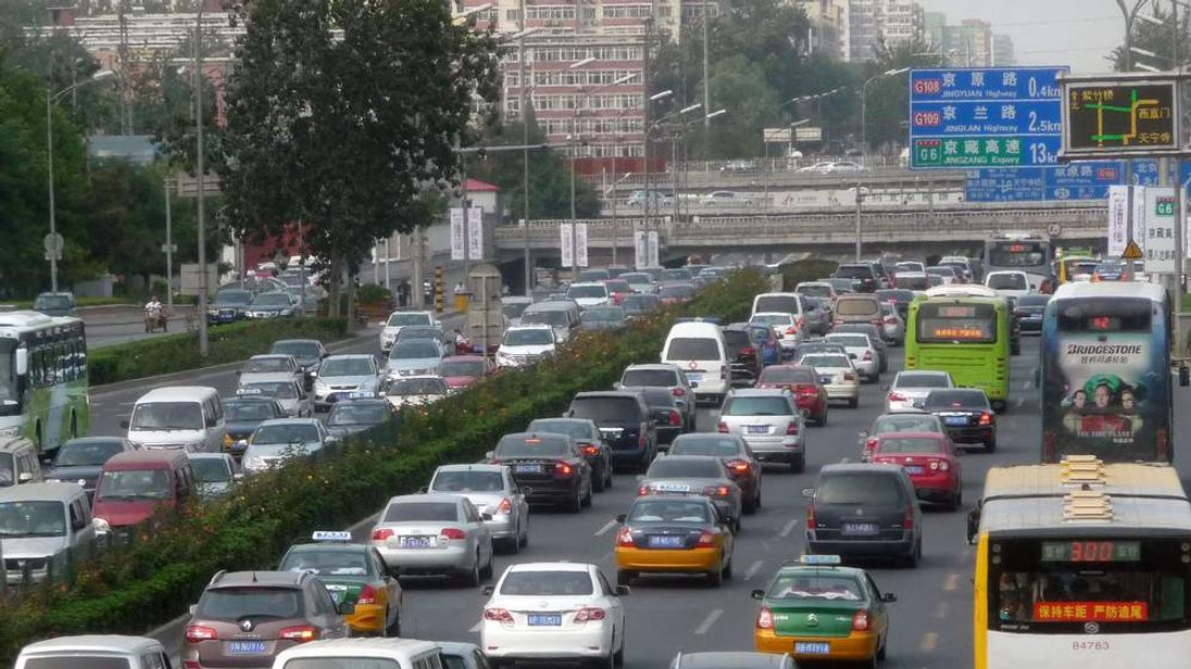 Beijing Sees Gridlock Before Holiday