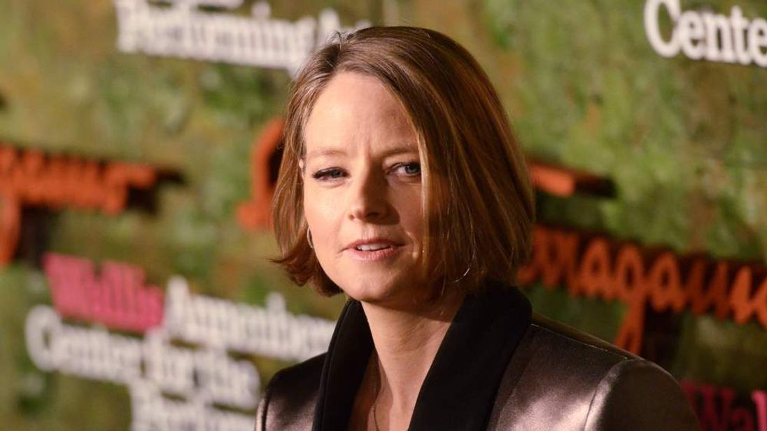 Actress Jodie Foster arrives at the Wallis Annenberg Center
