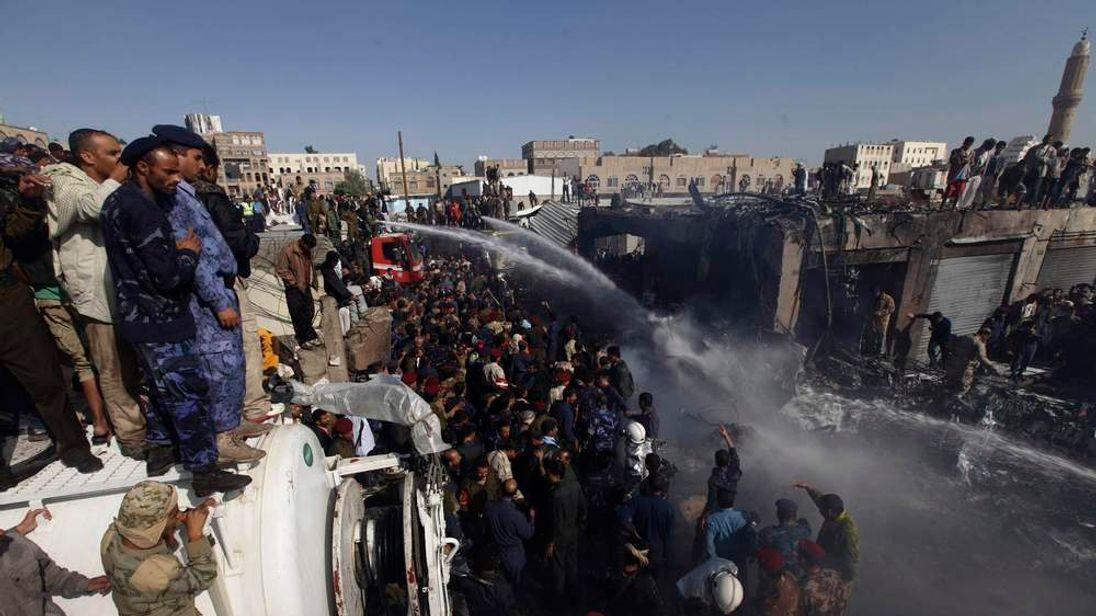 Plane crash in Yemen