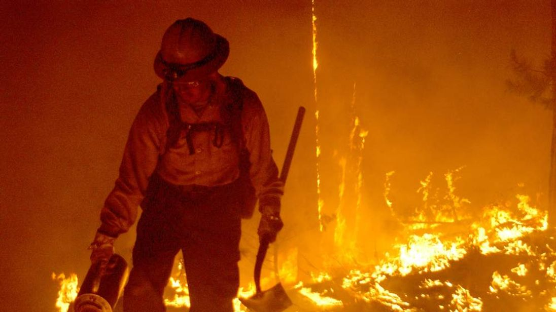 Firefighters Work To Control Arizona Blaze