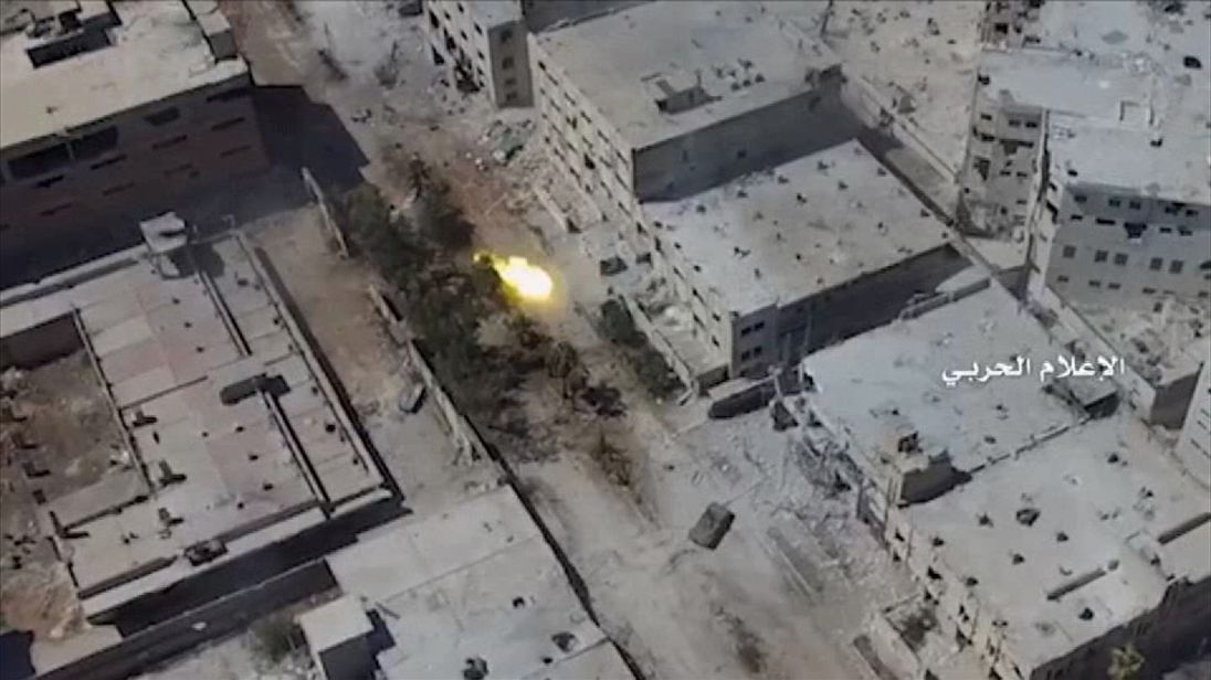 Government forces fighting in Aleppo