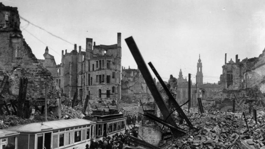 Dresden marks 70th anniversary of firebombing for How many homes were destroyed in germany in ww2