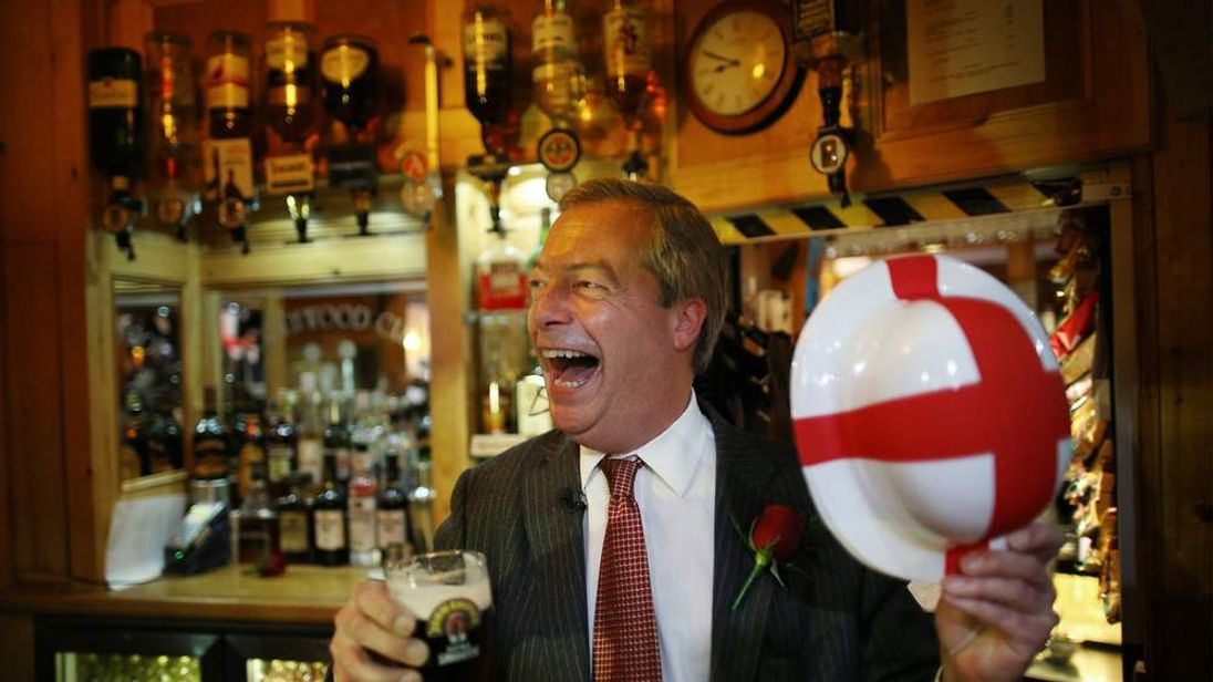 Nigel Farage Invites Veterans For A St George's Day Drink