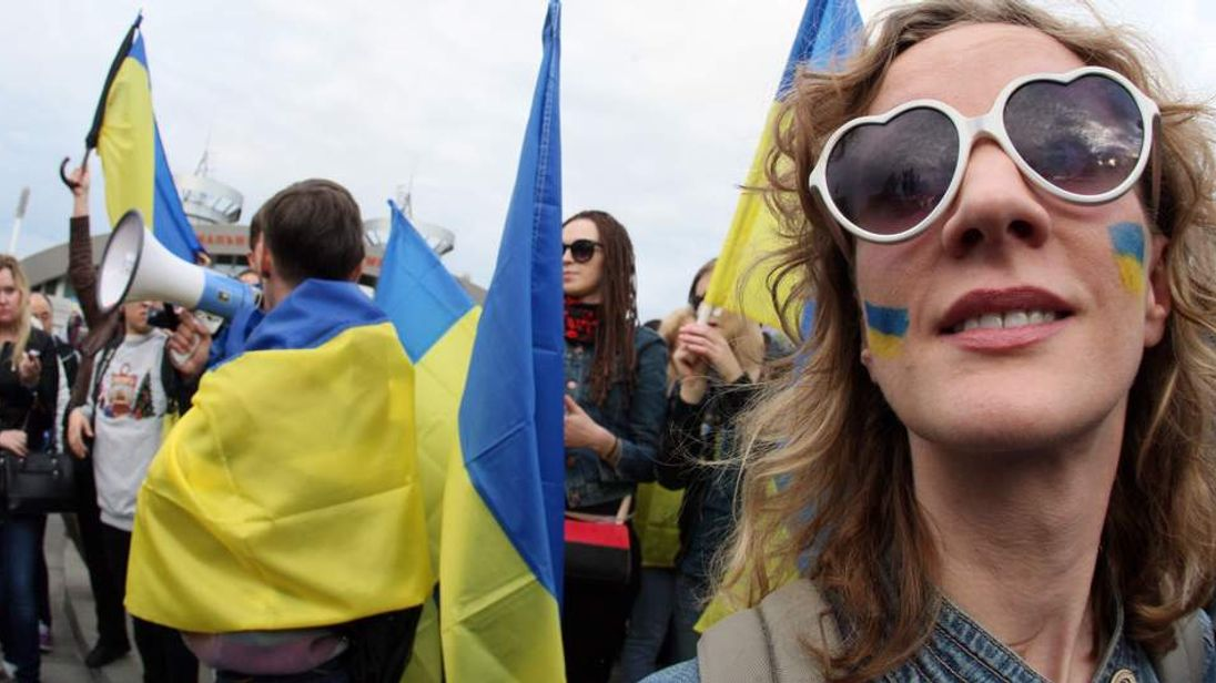 UKRAINE-RUSSIA-POLITICS-CRISIS-DONETSK-DEMONSTRATION
