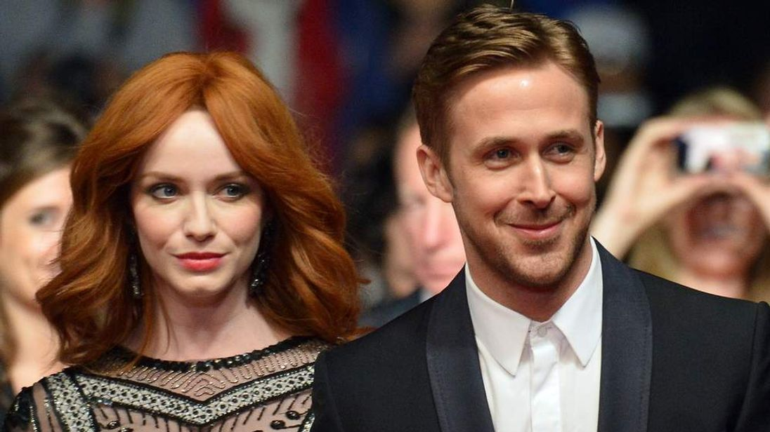 Ryan Gosling (R) and Christina Hendricks