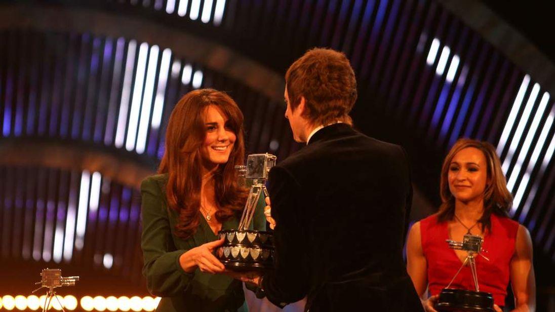 Duchess of Cambridge presents award to Bradley Wiggins