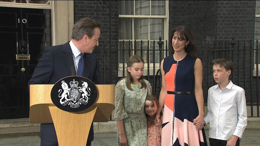 David Cameron Looks At Daughter During Leaving Speech