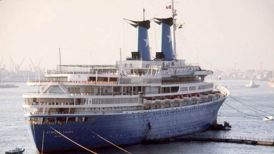 Italian cruise ship Achille Lauro kidnapped by Palestinans in 1985