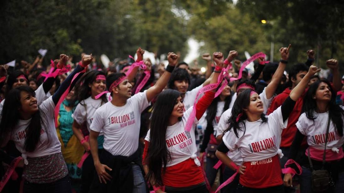 Activists in India take part in the 1 Billing Rising campaign