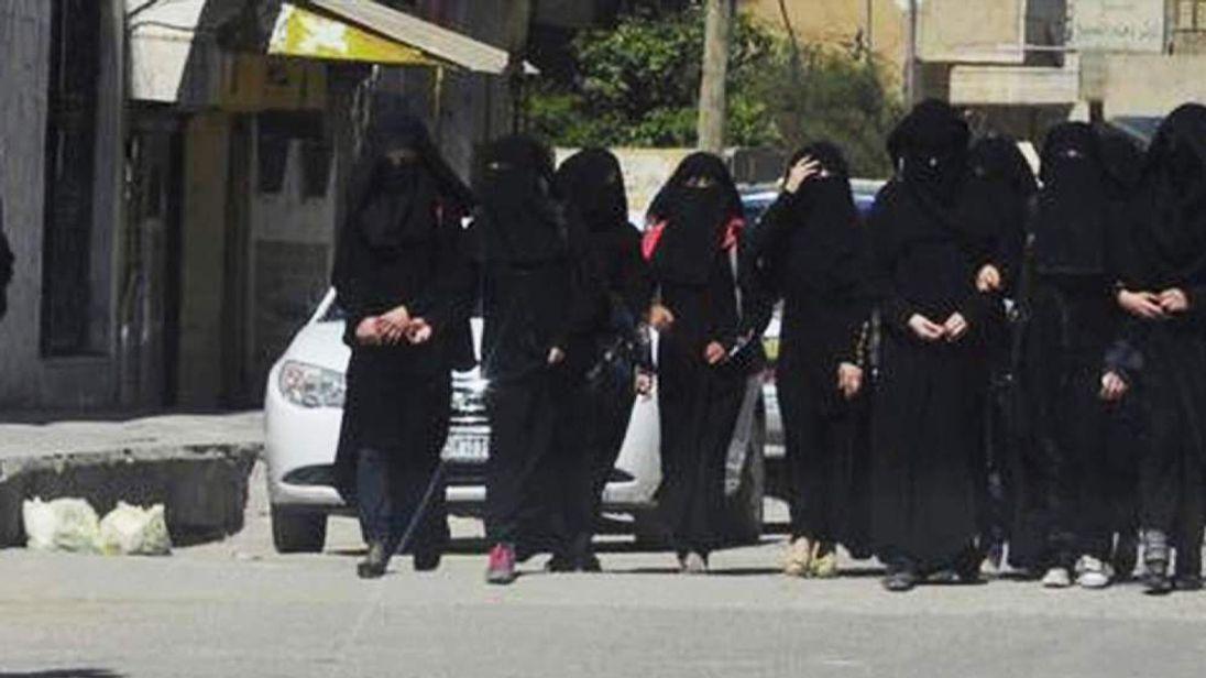 Members of Al Khansa Brigade
