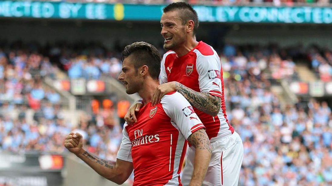 Arsenal win Sheild