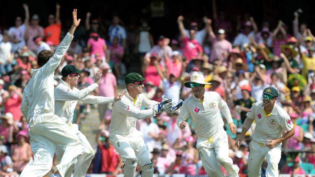 Cricket - The Ashes 2013-14 - Fifth Test - Australia v England