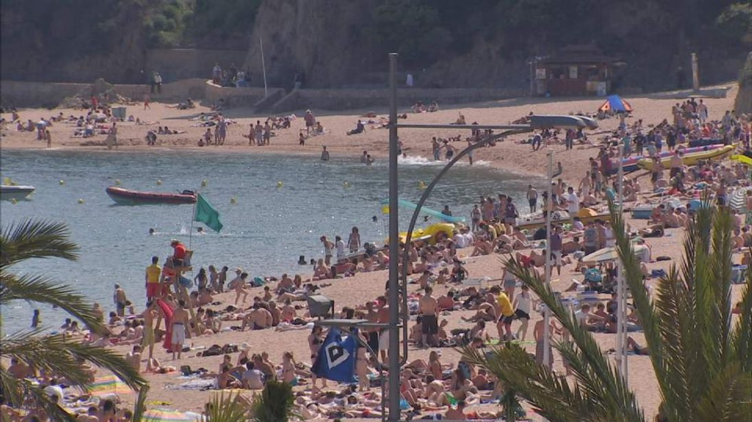 Package holidays blamed for cancer rise