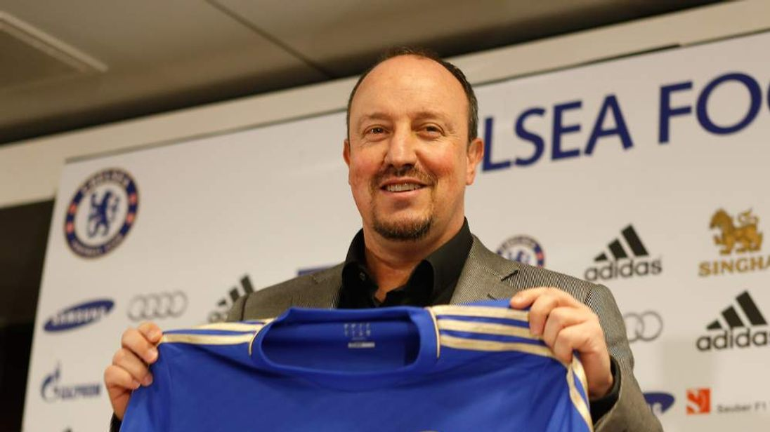 Rafael Benitez is Unveiled as New Chelsea Manager