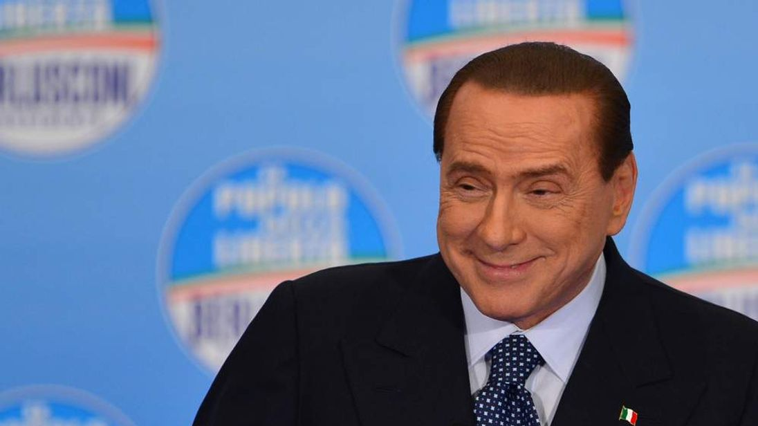 ITALY-POLITICS-VOTE-BERLUSCONI