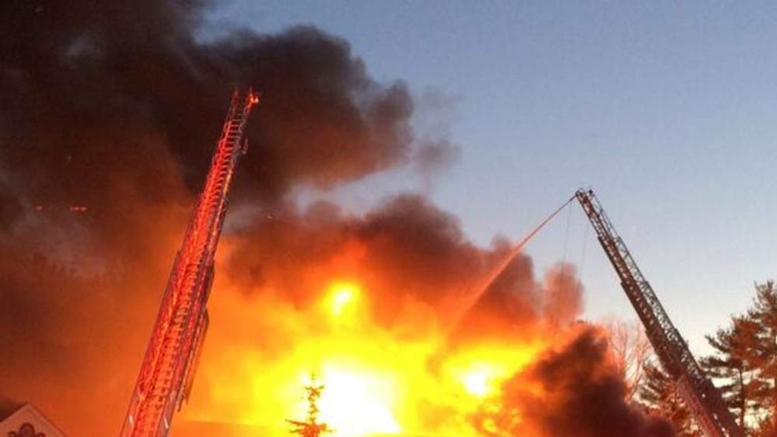 Fire at wedding venue: Pic: Foxboro Lakeview Pavilion
