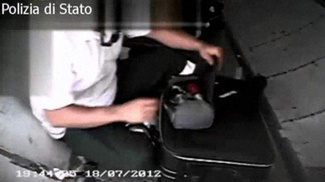 Italian police baggage bust