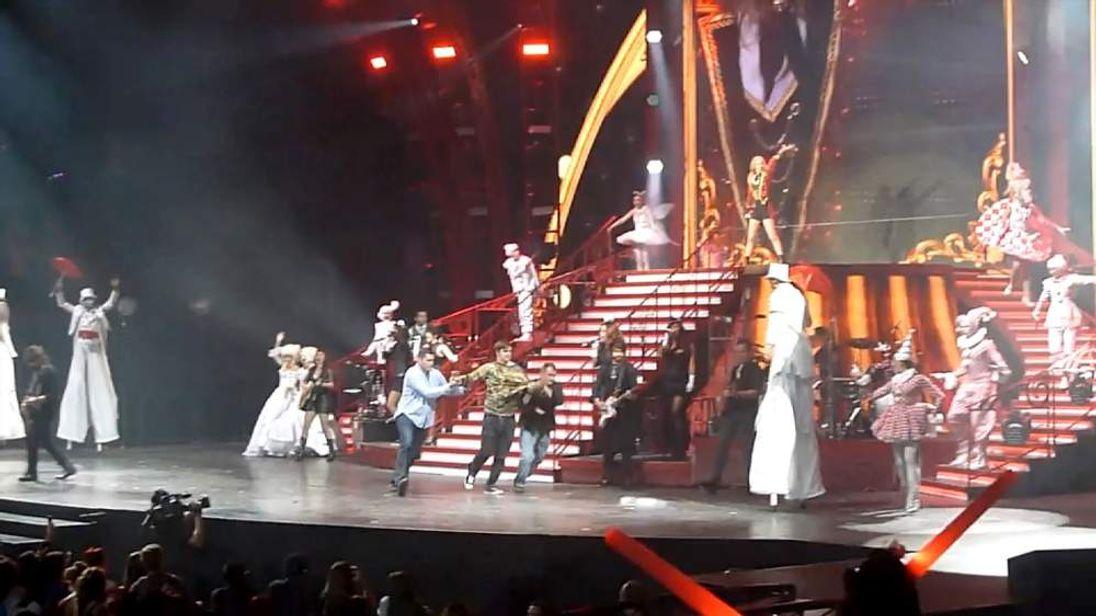 Taylor Swift fan onstage