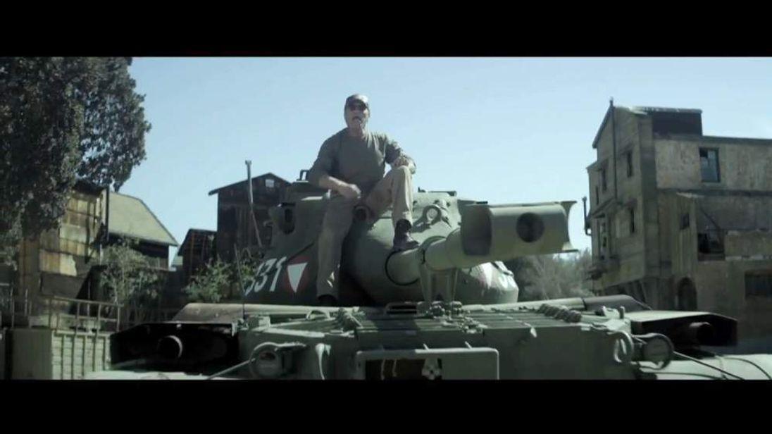 Arnie on his tank