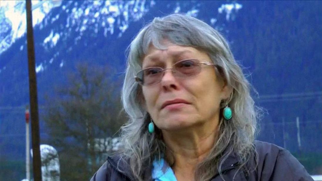 Washington state landslide survivor Robin Youngblood says she's lucky to be alive.