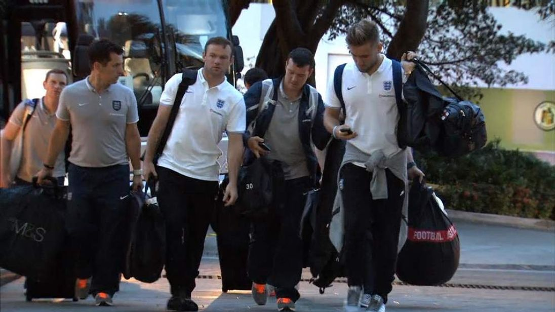 England football team arrive in Miami ahead of World Cup in Brazil
