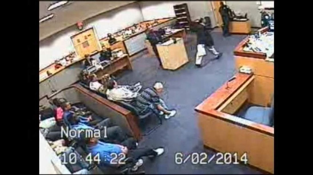 Lawyer and Judge come to blows in Florida court