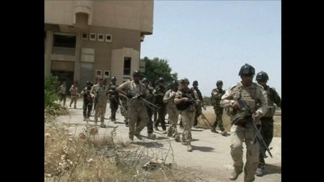 Iraqi army troops in Mosul.