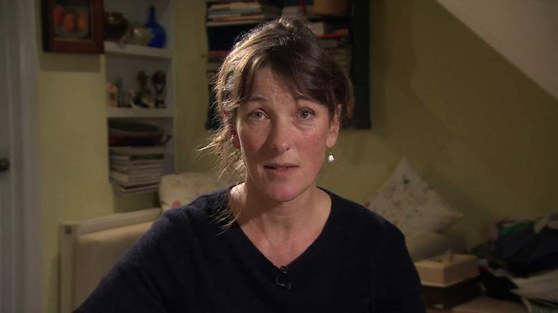 The sister of hostage John Cantlie has made an appeal to his kidnappers