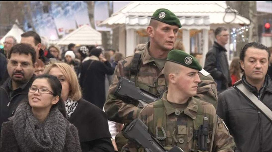 FRENCH TROOPS MARKET