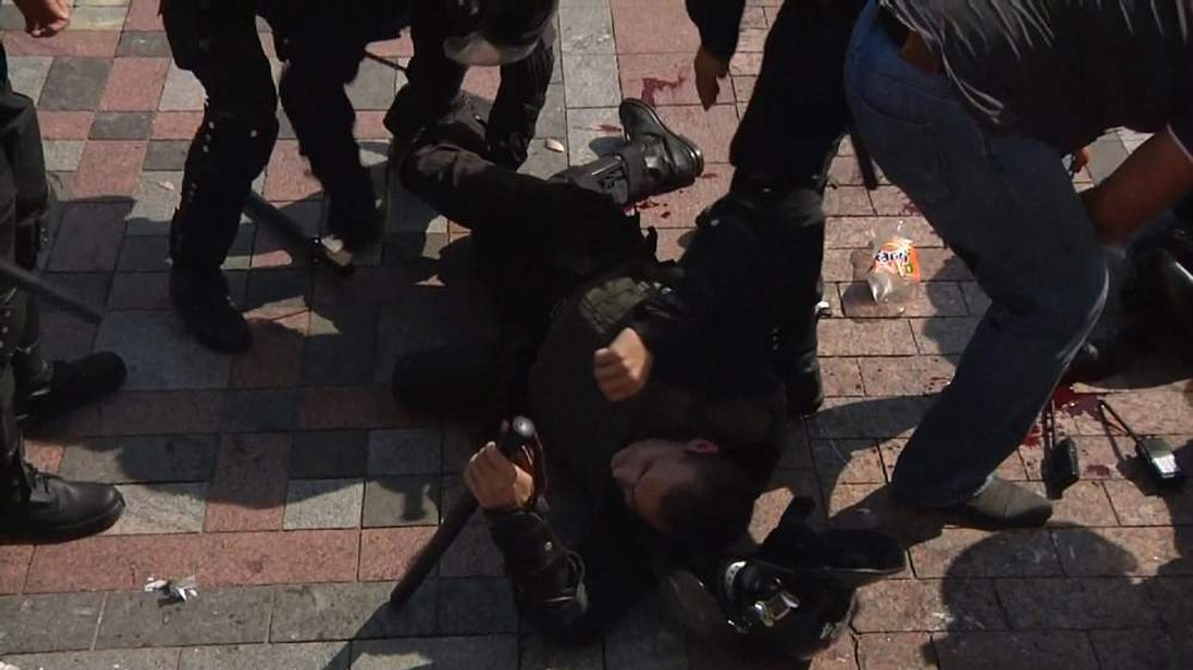 Grenade blast during nationalist protest in Kiev Ukraine