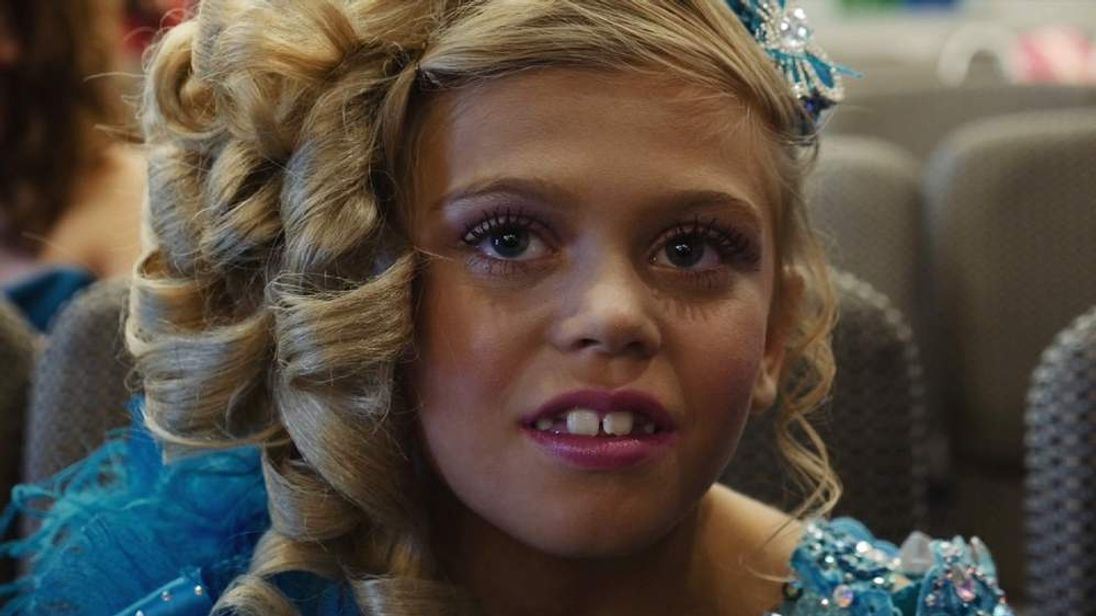 child beauty pageants are they moral Beauty pageants began in the 1920's, when women were solely valued on their appearances the first miss america winner was a 16 year old school girl, who happened to look like a 1920's movie star.