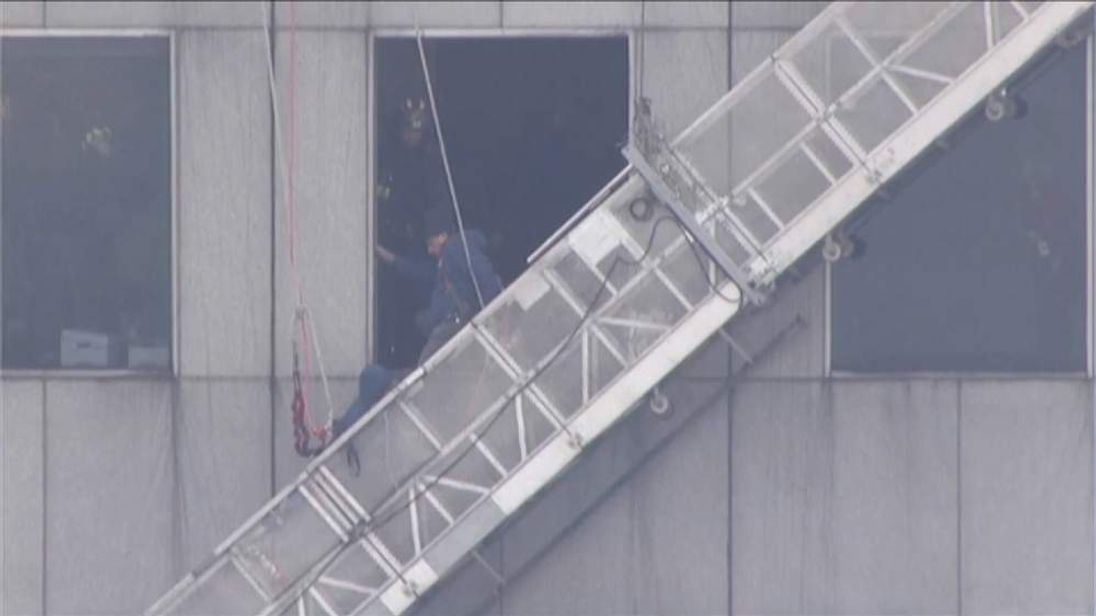 Houston window cleaners rescued
