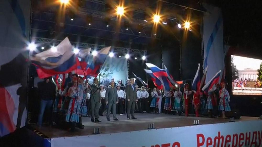Crimea referendum celebrations