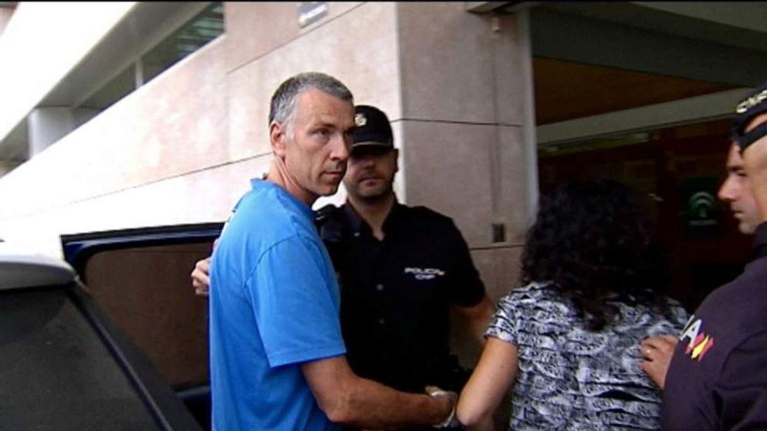 Ashya's parents arrive at court