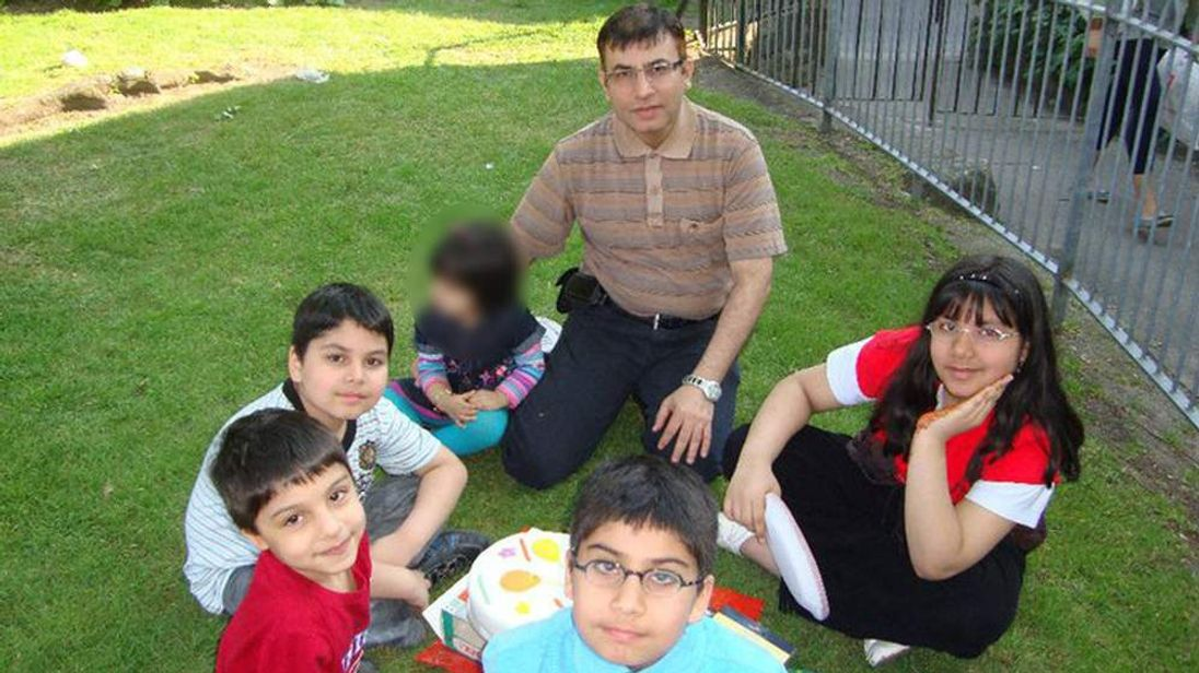 Dr Abdul Shakoor and his children