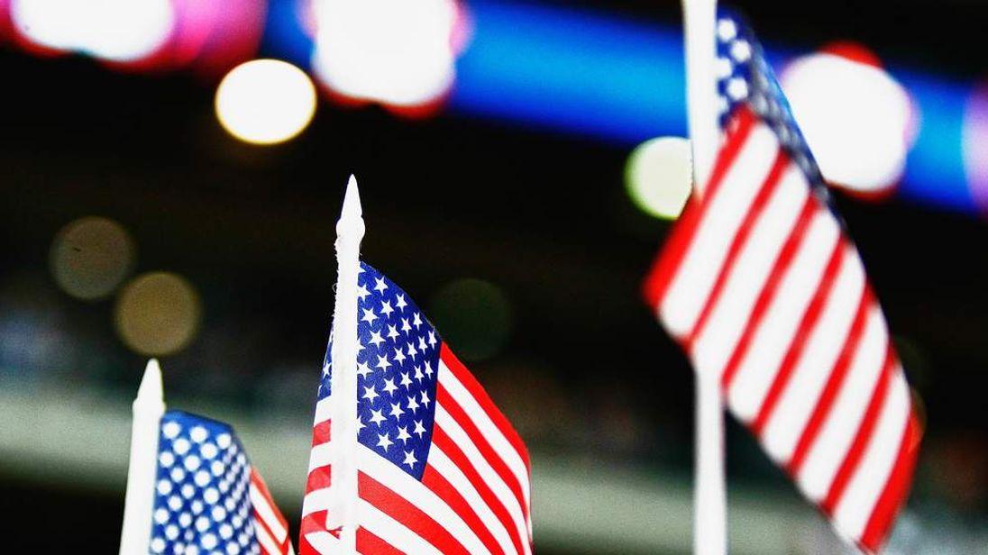 120813 CHILDHOOD OBESITY Flag USA