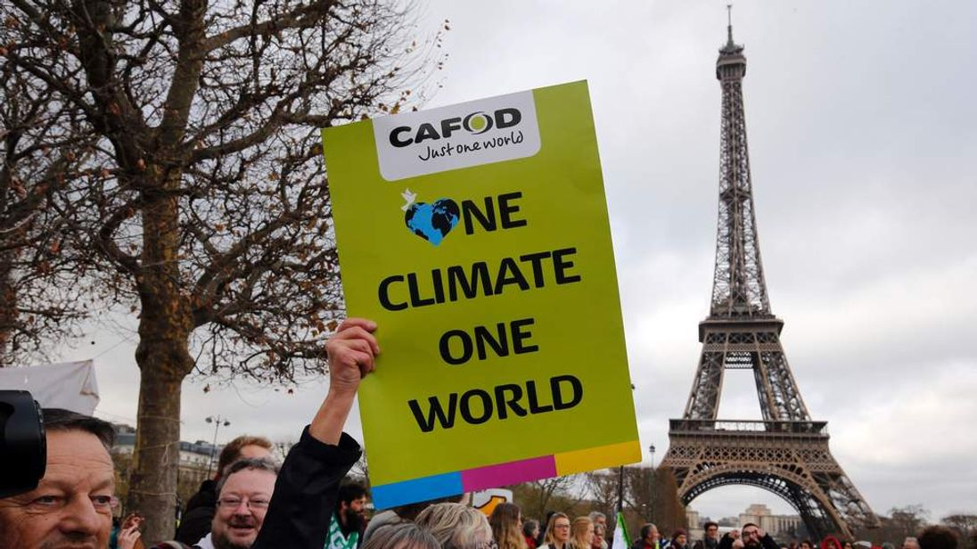 FRANCE-CLIMATE-WARMING-COP21-DEMO
