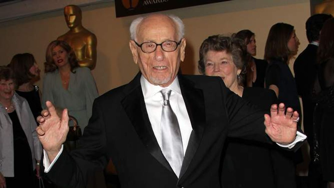 Actor Eli Wallach attends the Academy of Motion Picture Arts and Sciences' second annual Governors Awards