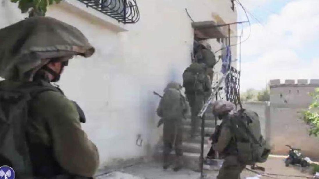 Israeli troops in Gaza
