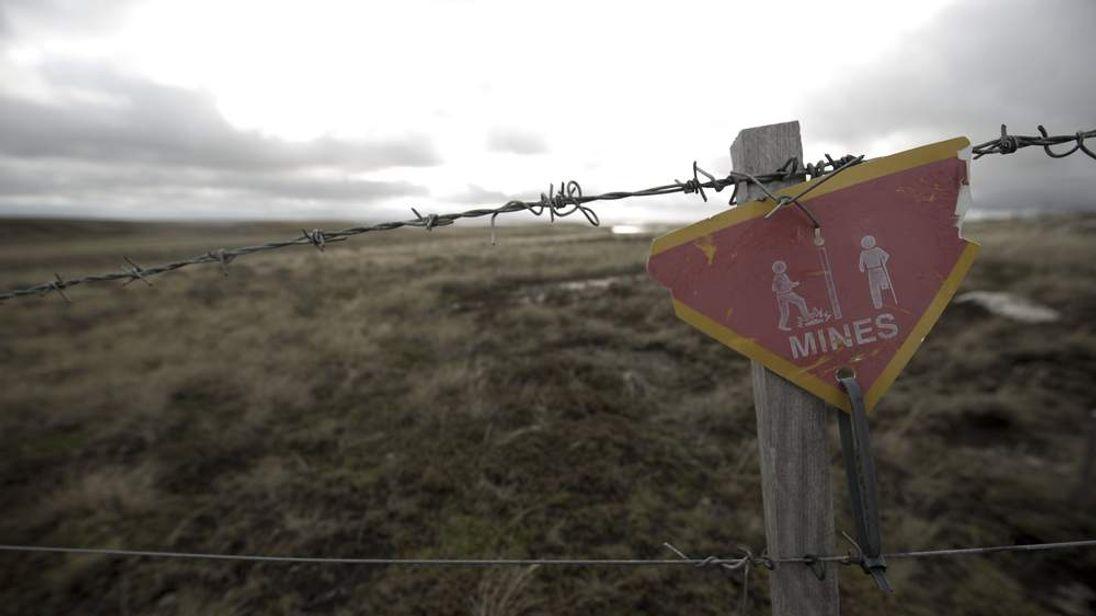 A sign near Darwin village, on the Falkland Islands.